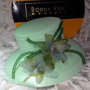 Sweet mint green hat 💐